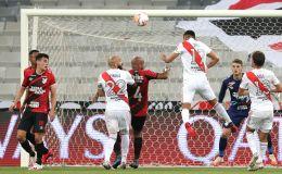 Agónico empate de River en Curitiba