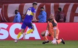 Boca goleó a Huracán a domicilio